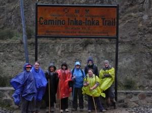 The start of yet another Peru's challenge... the Camino Inka... in the rain!