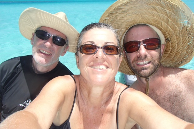 kotoni in his yeehaa Nashville hat, moi and Cyril our trusty French skipper