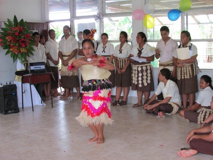Tau'olunga traditional Tongan dance